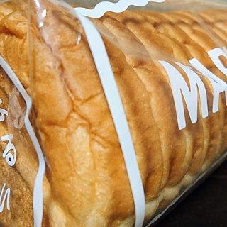 ありそうでなかった!?「つるやパン」のまるい食パン!
