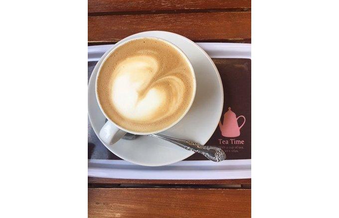 「牛乳工房Mui(ミューイ)の森牧場cafe」無添加ソフトクリームとミルクジャム