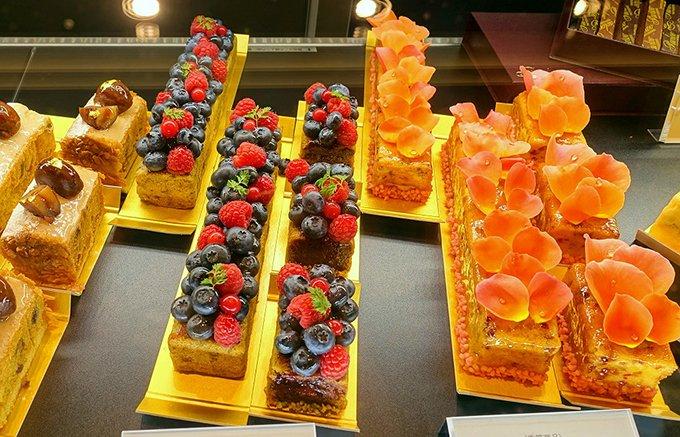 母の日におすすめ!感謝の気持ちと共に華やかで美しいパブロフの「生パウンドケーキ」