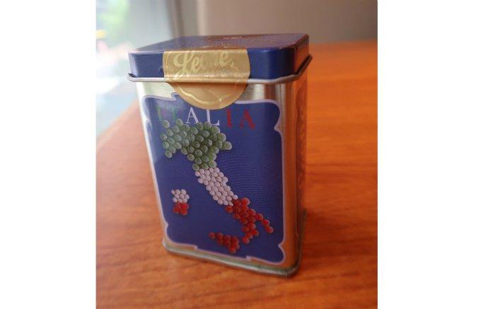 お土産にもピッタリ!イタリアを思い出すお菓子「パスティリ・レオーネ」