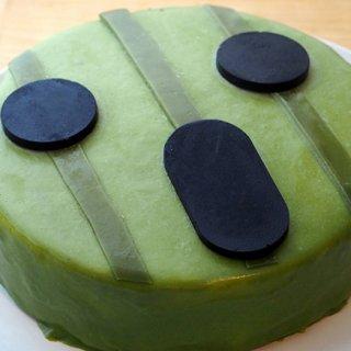 インパクト大!30周年を迎えたあの人気ゲームの「サボテンダー」がケーキになった!