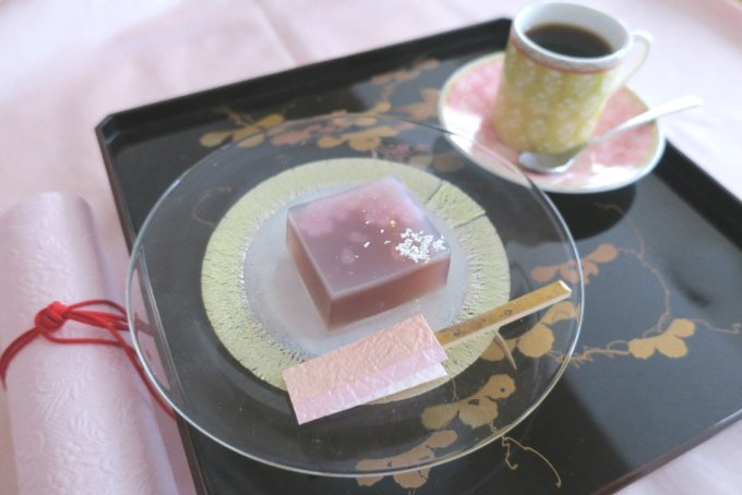 """源氏物語から生まれた""""美しい和菓子""""は ハイカラ神戸の味"""