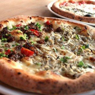 パーティーシーズンに欠かせない!手間いらずでお味は本格派のピザ6品