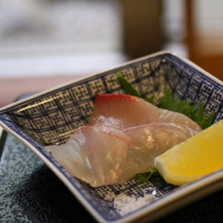 養殖とはおもえない!愛媛ブランドを背負う「愛鯛」と「戸島一番ブリ」