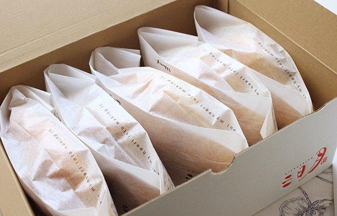 パリの朝食気分を味わえる、温めるだけのお手軽な三日月屋「天然酵母のクロワッサン」