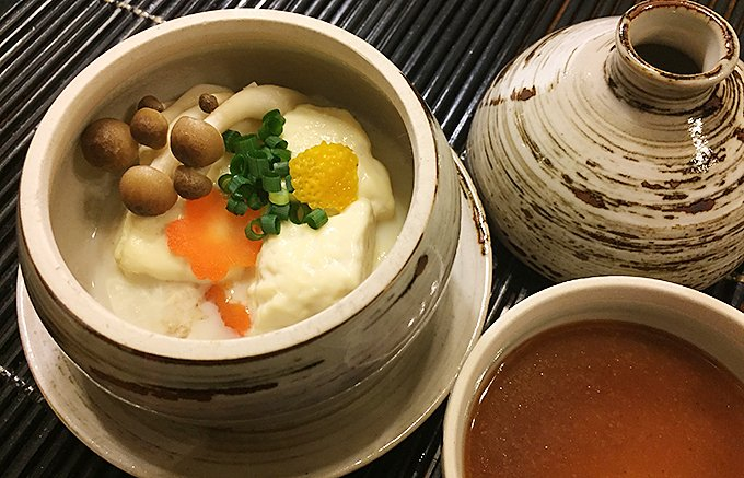 江戸時代から親しまれてきた体の芯までぽっかぽかに温まる嬉野温泉の温泉湯豆腐