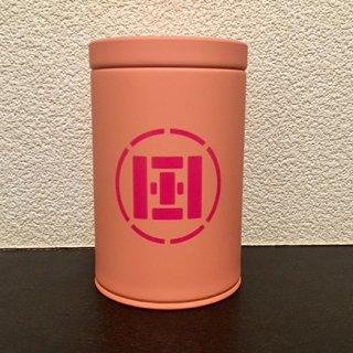 貰って嬉しい、ピンクの茶缶に入った本格派静岡茶!