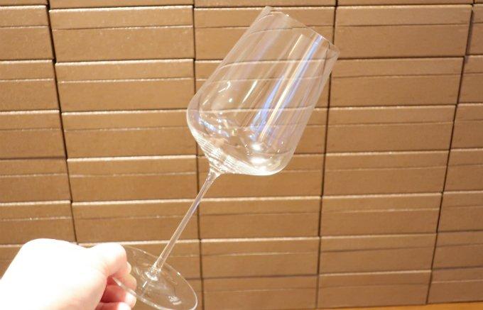 大きすぎず扱いやすいので、普段使いにも最適!オーストリア産の「ワイングラス」