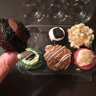 NYで大人気!Baked by Melissaのミニチュアカップケーキ