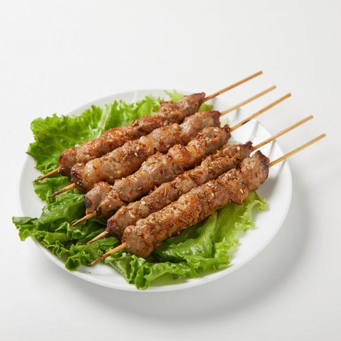 おそらく、日本一有名な「羊串」はこれ!味坊の羊肉串