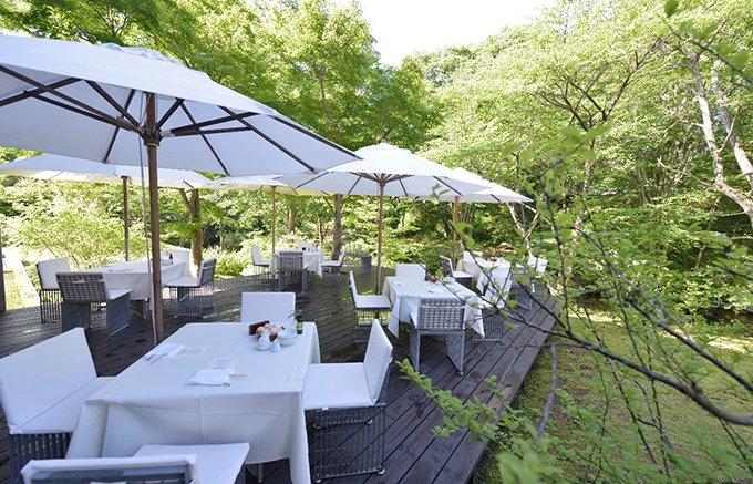 那須の森にひっそりと佇む大人のリゾートで見つけたフィナンシェ「二菓」