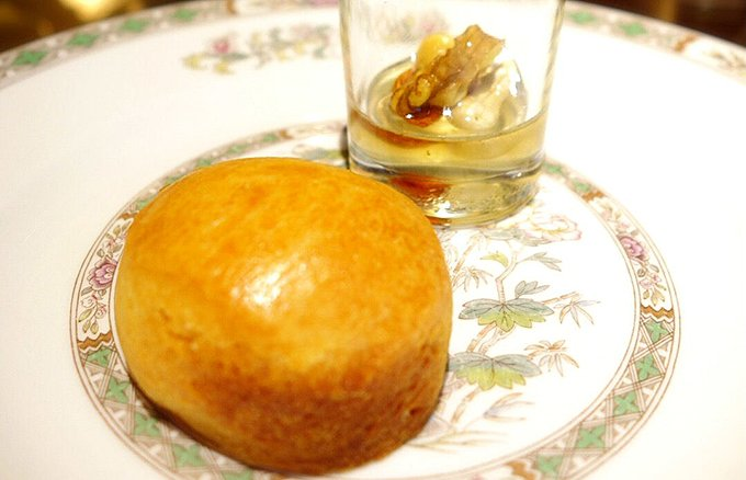 ザ・リッツ・カールトン大阪が話題の「ナッツの蜂蜜漬け」と期間限定コラボ!