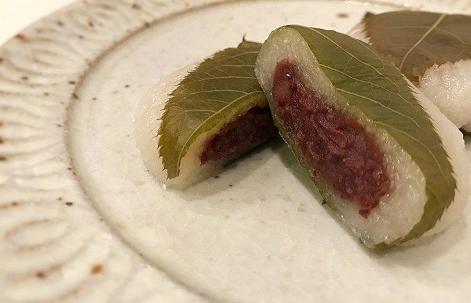 桜餅誕生300周年!シンプルな素材で作られた、香り豊かな「芽吹き屋」の桜餅