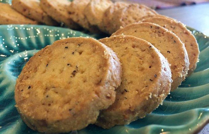 衝撃!黒胡椒の刺激がビールに合う「キルフェボン」のブラックペッパーのクッキー