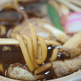 愛知岡崎「まるや」の八丁味噌がしみた「味噌煮込みうどん」