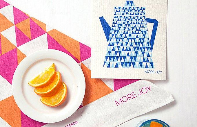食卓を彩るフィンランド天然素材のエコなスポンジワイプ!