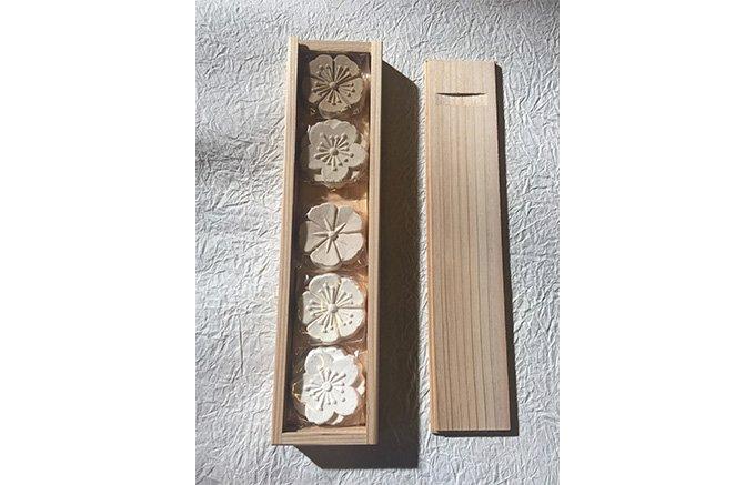 奈良の洗練された美しい佇まいのTSUJIMURAの葛菓子をお初釜の手土産に