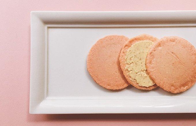 たらこ好きにはタマラナイ!博多の有名料亭の『稚加榮』の「明太子チーズサンド」