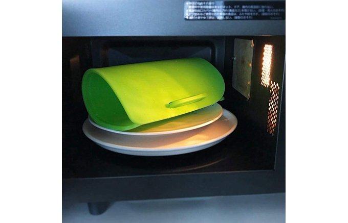 暑い夏。家庭のキッチンから食中毒を防ぐには煮沸除菌できるまな板を