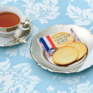 グラニュー糖のほのかな甘みとバターの芳醇な香り、サクサクとした食感の「ラスク」