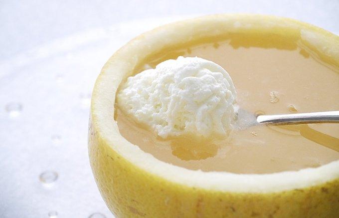 京都「クリケット」の果汁を絞っていただく、どこまでもプルプル柑橘ゼリー