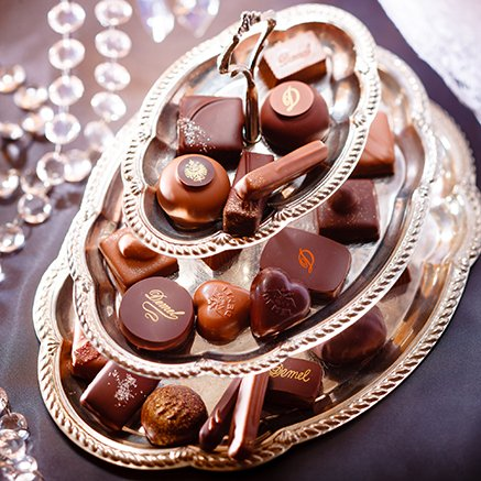 本命も自分へのご褒美も!新作バレンタイン限定「デメル」チョコ