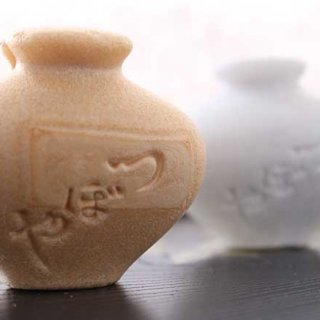 四百年近い歴史を誇る老舗の逸品「壺最中」