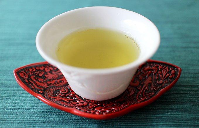 京都 祇園辻利さんで行列の秋限定 プレミアム宇治茶「壷切茶」