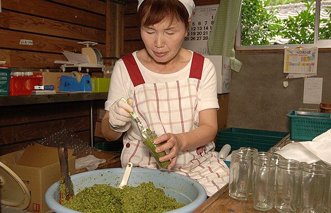 冬の食卓に欠かせない無農薬で作られるフルーティなゆずごしょう!
