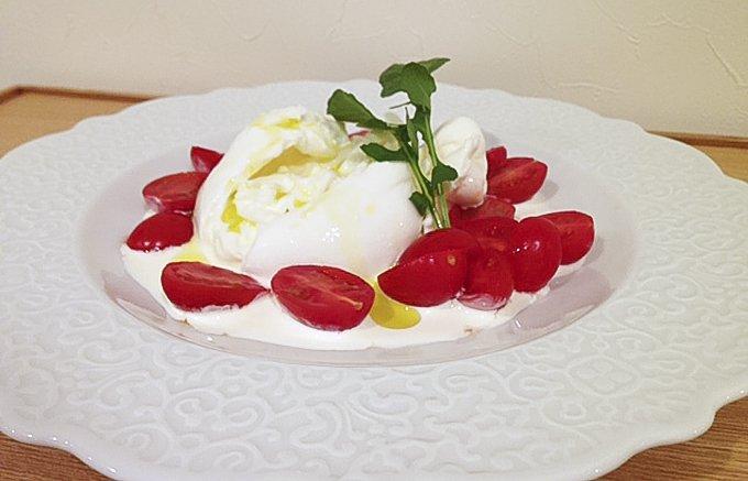 ナイフを入れるとクリームがトロリ!幸せ味のフレッシュチーズ、「東京ブッラータ」