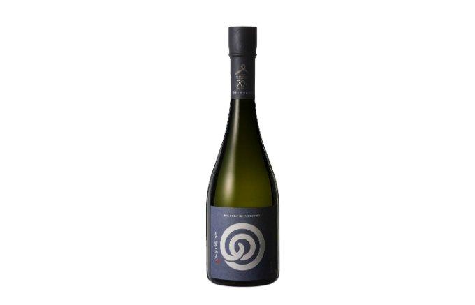 石川県から届く、酒米「五百万石」を全量使用した『農口尚彦研究所』の日本酒