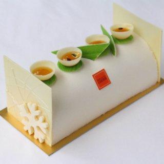 酸味と甘味のバランスが素晴らしい!M.O.Fのパティシエが作ったブッシュドノエル