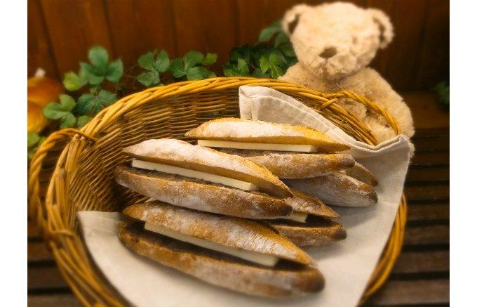 あんことバター、ハード系パンの組み合わせから生まれる「あんバター」の美味しさ