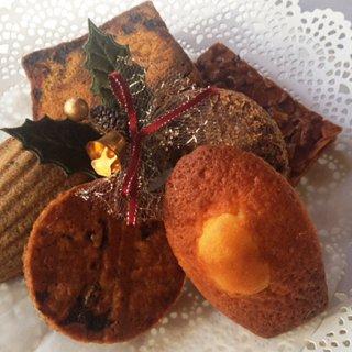 クリスマスを彩るフレンチレストランARGOの焼き菓子詰め合わせ