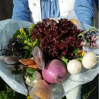 母の日の贈り物におすすめ!農場女子の地元愛がたっぷりの野菜ブーケ