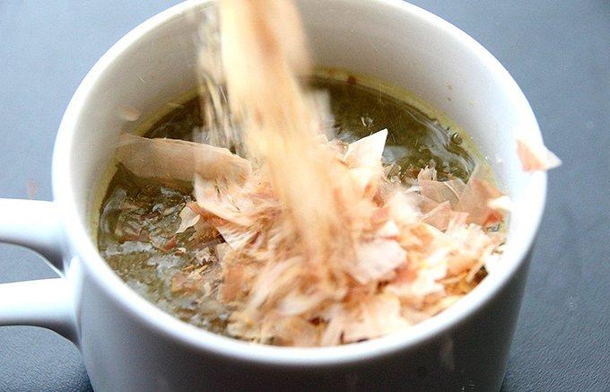 鹿児島・指宿の郷土料理「茶節」が、インスタントで気軽に味わえる