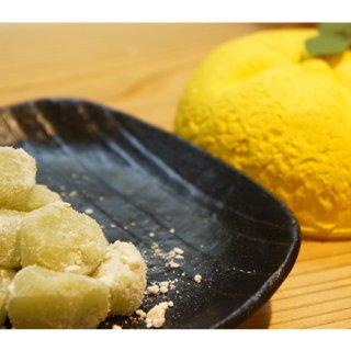 平成に一世を風靡したあのドラマに登場!京都老舗の柚子和菓子「柚子餅」!