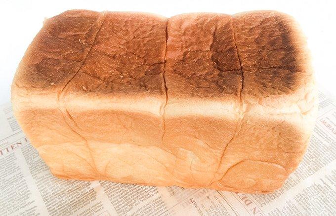 関西で話題沸騰中!卵・添加物不使用のほろりとくずれそうなふわふわ食パン