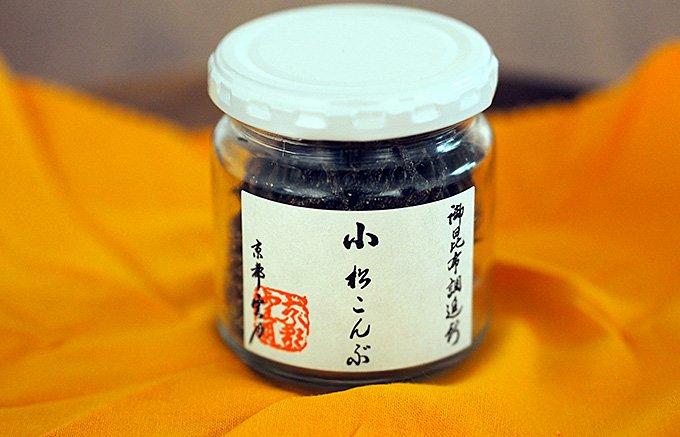 究極の茶漬けには「塩昆布」 雲月の小松こんぶ