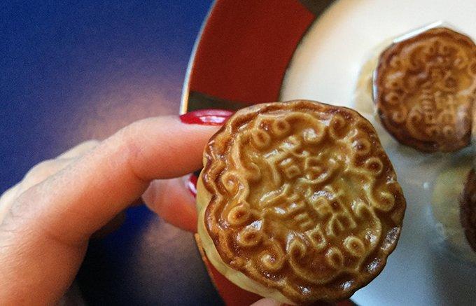 なんとも可愛い!ひとくちサイズの「中村屋」のモダン月餅