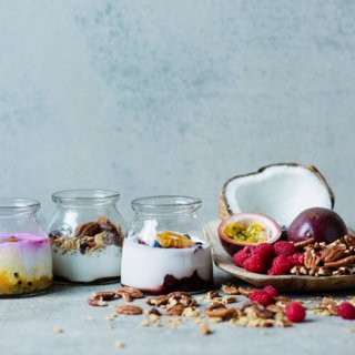 なめらか食感!ココナッツミルクを発酵させた100%植物性ヨーグルト「COYO」
