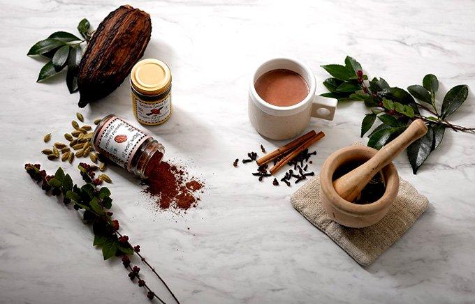 喉元にハッピーな甘さが広がる!ブラウンシュガーファーストの有機ホットチョコレート