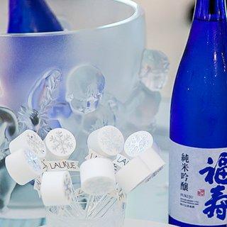 ノーベル賞晩餐会のテーブルを飾った灘の銘酒
