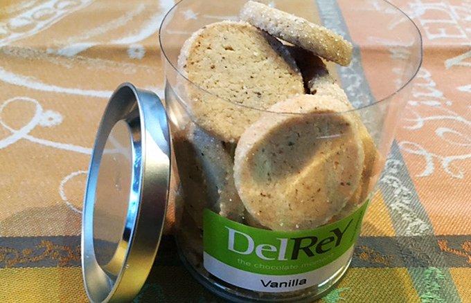 ベルギー老舗ショコラティエ「デルレイ」が作る、バニラを惜しみなく使用したサブレ