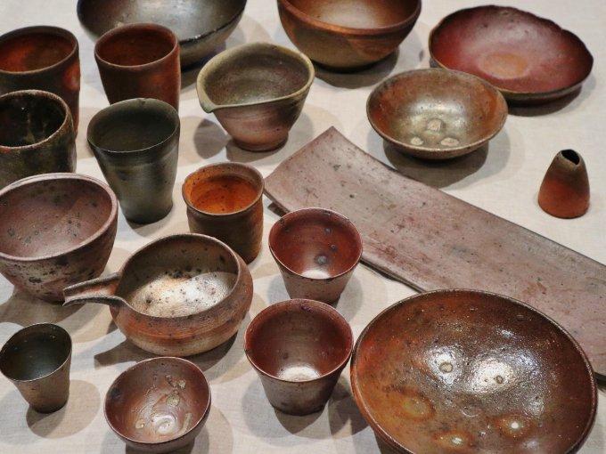 土のぬくもりを感じる器。陶芸家山本安朗さんの「南蛮焼き締め」