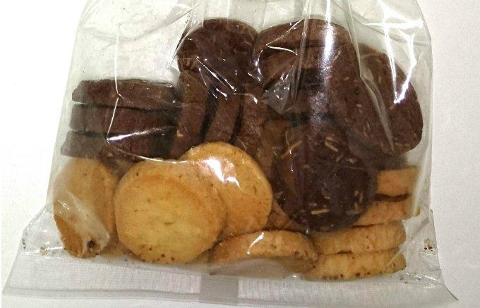 霧骨に見えてしまってもそこがまた愛らしいアーモンドミックスクッキー