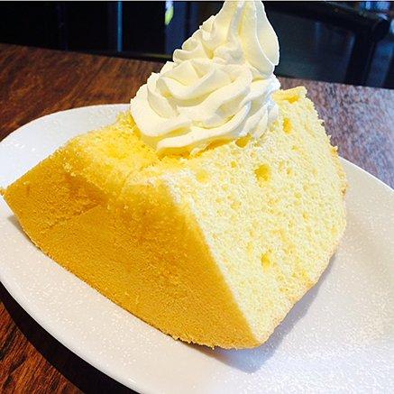 シンプルだけど誰も真似できないおいしさ!松涛カフェのシフォンケーキ