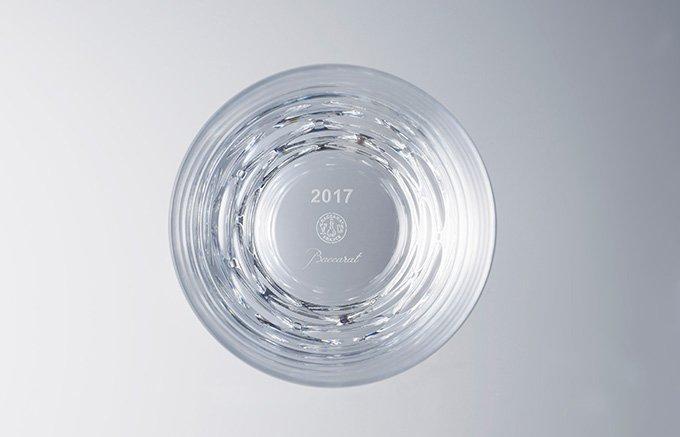 2017年の色は「リーディングレッド」!未来を開く年にふさわしいバカラのグラス