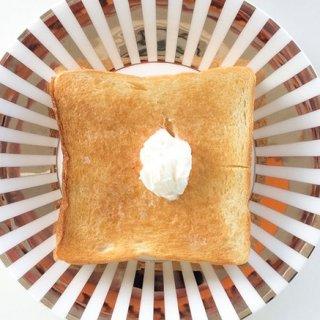 毎朝起きるのが楽しみになる!トーストをごちそうに変える方法