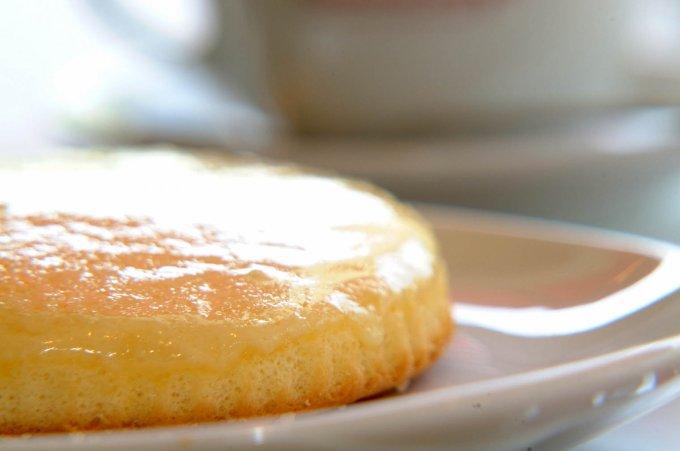あつあつのとろけるチーズがたまらない!神戸名物『観音屋』のチーズケーキ